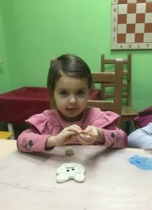 ИЗО малыши, дети 4-6 лет. Занятия в изостудии для детей, САО, Москва. Лепка.